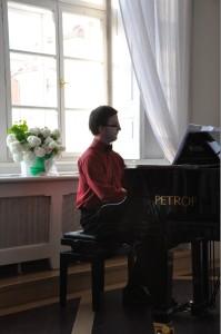 Klavírista Pavel Krčmárik