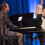 významný klavírní doprovod ve vzácných uměleckých rukách Martina Hyblera